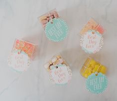 DIY gourmet candy favors for your wedding Candy Wedding Favors, Candy Favors, Wedding Favor Tags, Candy Photography, Sustainable Wedding, Candy Boxes, Green Wedding Shoes, Wedding Vows, Cute Gifts