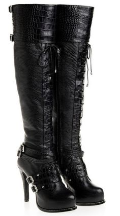 WTF. Of course these are from 2011 and you cant get them anymore. BOOO Christian-Dior-Guetre-Thigh-High-Alligator-Buckle-Boots