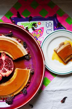 A silky Hibiscus Flan Recipe with luscious caramel is gorgeous for Thanksgiving | ¡HOLA! JALAPEÑO