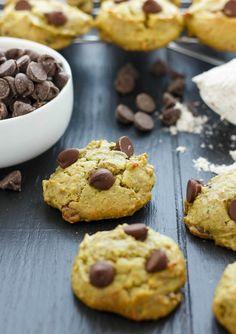 They are healthy and tasty, but these avocado chocolate chip cookies may seem strange to some. Take the leap and give them a try! Healthy and vegan!