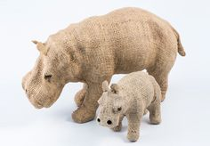 Hippo Hessian Animals - 9466 African Crafts, African Art, Hessian, Decorative Items, Dinosaur Stuffed Animal, Arts And Crafts, Tableware, Animals, Dinnerware