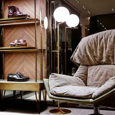 SANTONI Madison Avenue boutique - New York. Design by Patricia Urquiola  #santoni  #Moroso #Flos