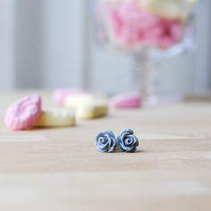 New to Onetenzeroseven on Etsy: Grey Rose Earrings | Nickel Free Studs | For Sensitive Ears (4.50 GBP)