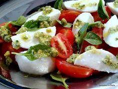 A salada caprese com molho pesto é a mais Italiana das saladas, com as cores da bandeira italiana ela combina todos os sabores magistralmente.