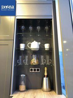 Small Kitchen Pantry, Kitchen Pantry Design, Kitchen Island Decor, Modern Kitchen Cabinets, Kitchen Storage, Kitchen Appliances, Kitchen Shutters, Diy Food, Bedroom Wall