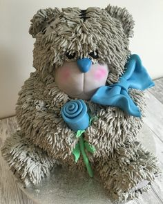 Another cute Me to You teddy bear cake