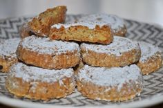 Sablés aux Amandes et sésame Cooking Recipes, Healthy Recipes, Churros, Cookie Bars, Macarons, Fondant, French Toast, Food And Drink, Cookies