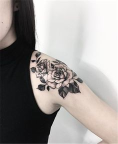 Gorgeous And Stunning Ankle Floral Tattoo Ideas For Your Inspiration; Ankle Tattoos Ideas for Women;Ankle Tattoos Concepts for Girls; Rose Tattoos, Flower Tattoos, Body Art Tattoos, Trendy Tattoos, Small Tattoos, Tattoos For Guys, Tattoo Designs, Floral Tattoo Design, Tattoo Floral