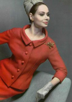 poppy red wool suit by Pierre Cardin, photo by Pottier, 1962