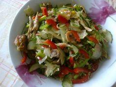 Salade cambodgienne au poulet : Recette de Salade cambodgienne au poulet - Marmiton