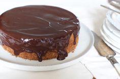 carrot-walnut-chocolate-cake-177979 Image 1