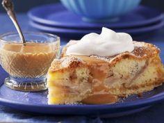 Für Marzipan-Fans: Apfelkuchen mit Marzipan und Karamellsoße  Zeit: 45 Min.  