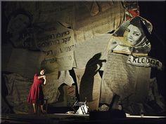 Peça iídiche Teatro por Naava Piątka, Better não falam, com design cenário por Richard Finkelstein
