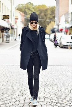 beanie & sunglasses | all black