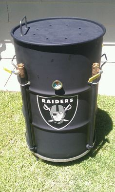 Oakland Raiders drum smoker! (UDS) #uglydrumsmoker #raidernation #tailgate