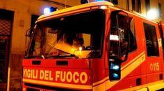 A Fuoco un appartamento in via chiaia a Napoli: una persona morta tra le fiamme | Report Campania