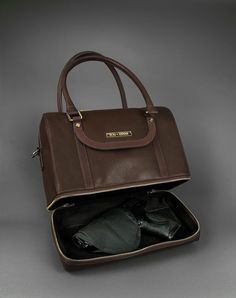 Jane concealed-carry doctor satchel is a timeless statement-maker, a new twist on a vintage look! Made of the softest premium American leather.