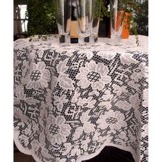 56 best crinkle tafetta tablecloths napkins and table runners images rh pinterest com