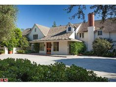 Bob Hope's Toluca Lake home is on the market for the first time since the actor built it in 1939. Asking price? $27.5 million. Click to take a tour!