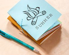 DIY: Mini Summer Notebooks | http://adventures-in-making.com/diy-mini-summer-notebooks/