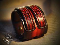 Leather Cuff Bracelet Wristband Red Burst Unisex от VanZakkLeather