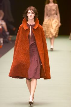 Dries Van Noten Fall 2000 Ready-to-Wear Fashion Show Collection