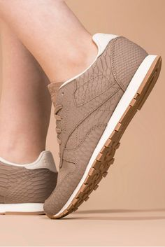 Reebok Classic Leather Clean Exotics Trainers - Taupe