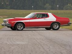 1976 Ford Torino: Starsky & Hutch Car
