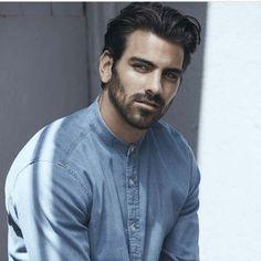 Trendiest Medium Hairstyles for Men (30)