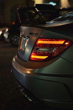 Mercedes-Benz C63 AMG W204