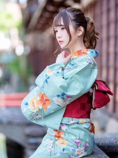 🍒 天瀬音羽 🍒 Kimono Japan, Japanese Kimono, Kimono Outfit, Kimono Fashion, Japanese Outfits, Japanese Fashion, Traditional Fashion, Traditional Dresses, Japanese Girls Pictures