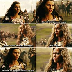 Listen to me, Diana… #jl #hippolyta #menalippe Captain Marvel, Marvel Dc, Justice League 2017, Gal Gadot Wonder Woman, Dc Memes, Young Justice, Cinema, Dc Universe, Supergirl