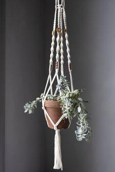 #knittingpatterns #pattern #crochet #crocheting #crochetideas #yarn #wool #cotton #linen #nordic  #handmade #knitfashion #knitting #knit Simple Aesthetic, Nordic Home, Seasonal Decor, Plant Hanger, Diy And Crafts, Diy Projects, Pure Products, Creative, Plants