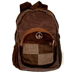 Inspired by a generation of individual freedom and expression. Clothing, accessories and home decor for men and women. Mochila Hippie, Mode Outfits, Fashion Outfits, Outfit Stile, Moda Casual, Hippie Outfits, Cute Bags, Mode Inspiration, Swagg