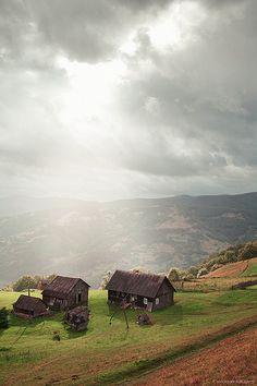 Village in the Carpathian Mountains - Ukraine #PutDownYourPhone #Carde