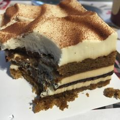 Le tiramisu de monsieur @philippe_conticini , bon et léger  comme on l'aime @patisserie_desreves #tiramisu #patisserie #patisseriedesreves #paris #yummy #beautiful #day #picoftheday #sunny #sunday #coffee #afternoon #teatime #love #feedfeed #food #instafood