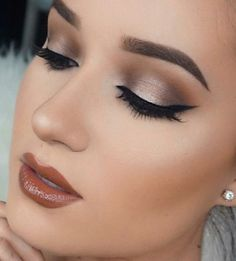 "Love her eye shadow!!! & the color of her lipstick!!! Demonstrated on youtube ""Halo Eyes ~ BeautywithZulyy"" by Zuly Ruiz"