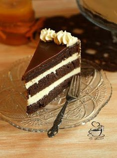 Tort cu lapte batut, mascarpone si caramel – La Ancuta Costco Chocolate Cake, Romanian Desserts, Cake Recipes, Dessert Recipes, Pink Foods, Fancy Desserts, Edible Arrangements, Bakery Cakes, Sweet Tooth