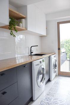 58 ideas for bathroom design modern black white subway tiles Laundry Room Design, Kitchen Design, Kitchen Decor, Kitchen Grey, Kitchen Storage, Kitchen Shelves, Wood Kitchen Cabinets, Grey Cabinets, Bathroom Cabinets