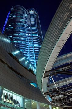 Roppongi, Tokyo, Japan -- Repinned by Gold Suites Vacation Rentals http://goldsuites.com #travel