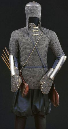 Ottoman armor, zirah kulah (mail coif), zirah (mail shirt), kolluk/bazu band (vambrace/arm guards), Dresden State Art Collections.