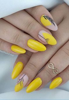 48 Hot Short Acrylic Almond Nails Design You Must Try Nageldesign Colorful Nail Designs, Acrylic Nail Designs, Nail Art Designs, Short Almond Nails, Almond Shape Nails, Nails Shape, Yellow Nails Design, Yellow Nail Art, Almond Acrylic Nails