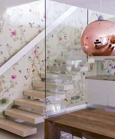 Design your wall with silk wallpaper,large collection of Chinese silk wallpaper of different styles.Find silk wallpaper perfect for your home now! Handmade Wallpaper, Silk Wallpaper, Hand Painted Wallpaper, Chinoiserie Wallpaper, Chinoiserie Chic, Beautiful Wallpaper, Wallpaper Stairs, Copper Wallpaper, Paint Wallpaper