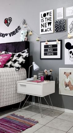 Mueble melamina blanco, muebles de melamina, dormitorio juvenil, dormitorio para chicas, muebles para adolescentes, muebles modulares, juego de muebles para dormitorio,#mueblesparachicas Bedroom Inspo, Bedroom Decor, Small Girls Bedrooms, Spa Treatment Room, Aesthetic Room Decor, Tumblr Rooms, Retro Furniture, Fashion Room, New Room