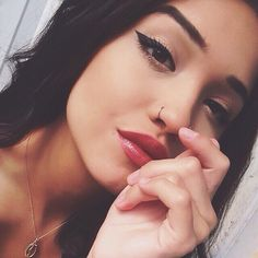 [New] The 10 Best Makeup (with Pictures) - 70 Pretty and Cute Small Nose Ring Hoop Nose Piercing Idea You Should Try This Year Spiderbite Piercings, Facial Piercings, Peircings, Piercing Tattoo, Nose Hoop, Nose Stud, Hoop Nose Piercing, Nose Piercing Jewelry, Cute Nose Rings