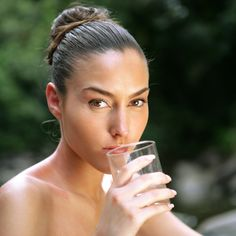 Drink Up: 4 Ways Hydration Helps You Stay Gorgeous-Visit our website at http://www.endurancefitnesskentwood.com for a FREE TRIAL PASS