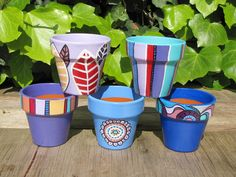 Idea Of Making Plant Pots At Home // Flower Pots From Cement Marbles // Home Decoration Ideas – Top Soop Flower Pot Art, Flower Pot Design, Flower Pot Crafts, Clay Pot Crafts, Flower Vases, Painted Clay Pots, Painted Flower Pots, Hand Painted Ceramics, Terracotta Paint