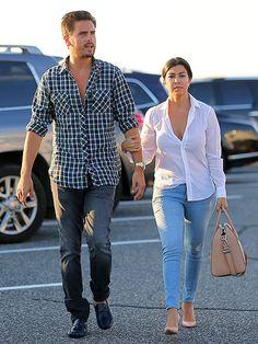 Star Tracks: Monday, June 23, 2014 | TWO STEP | An expectant Kourtney Kardashian keeps a hold on partner Scott Disick while heading to dinner Thursday in the Hamptons, New York.