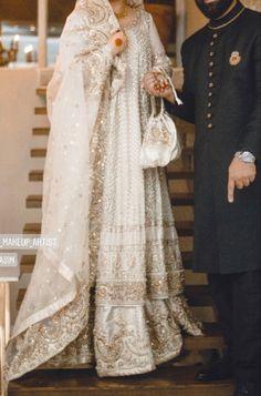 Pakistani Fashion Party Wear, Pakistani Wedding Outfits, Pakistani Dresses, Indian Dresses, Dulhan Dress, Walima Dress, Indian Designer Outfits, Designer Dresses, Desi Wedding Dresses