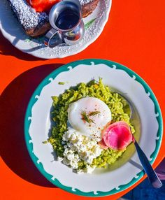 Our Favorite Healthy Breakfasts Around the World - Condé Nast Traveler Breakfast Around The World, The Breakfast Club, Healthy Brunch, Healthy Breakfasts, Brioche French Toast, Brunch Spots, Weird Food, Cafe Food, Healthy Options